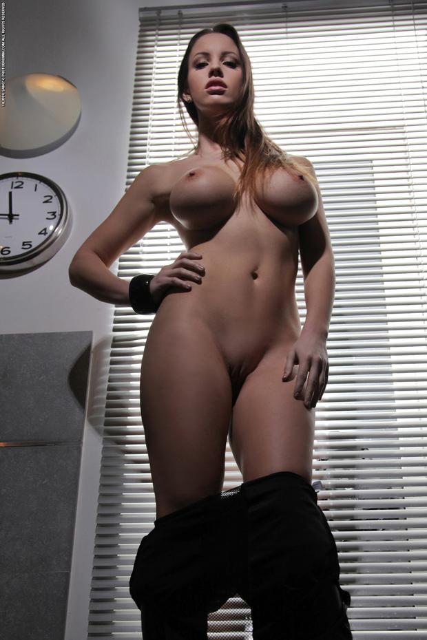 Фото голых женщин с большой censored 7021 фотография