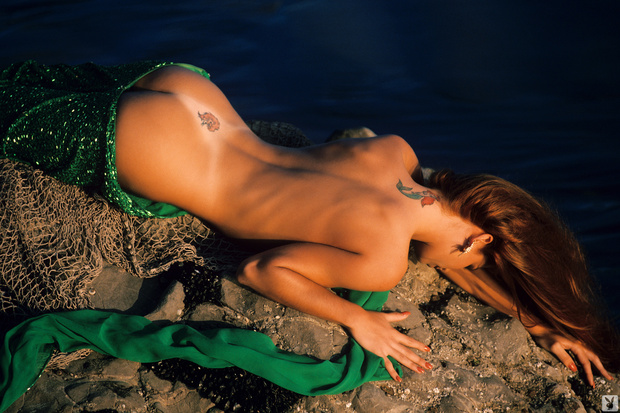 Martha Higareda Nude Bush Lexi